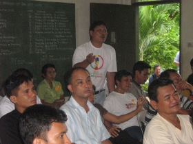 Rev. Joshue Salido stresses his point during an MSPM class discussion